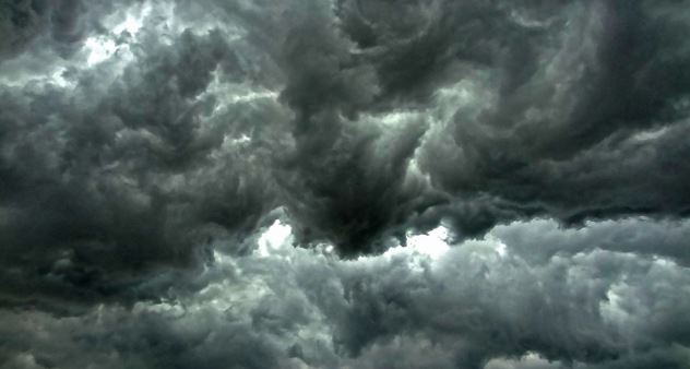 Dark clouds in turbulent flow