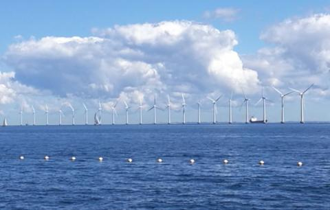 Offshore wind farm and sea breeze